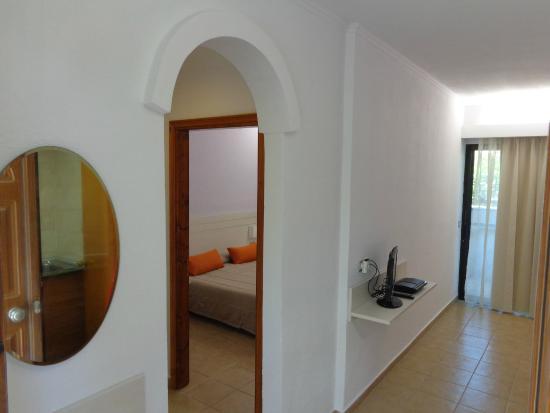 Hotel Terinikos: Family room