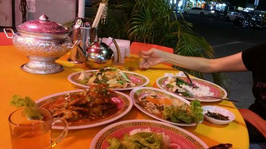 Restoran Makanan Laut Pat Poh