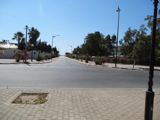 Medina Belisaire & Thalasso: Droga na plaże