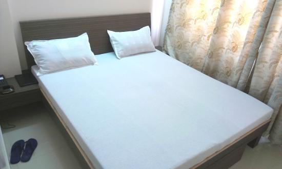 Hotel Shadaab Inn