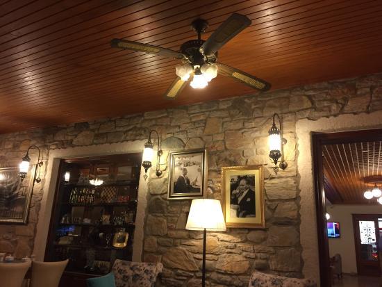 Konak Tuncel Efe: Keyifli bir dekorasyonda akşam yemeği yedik����