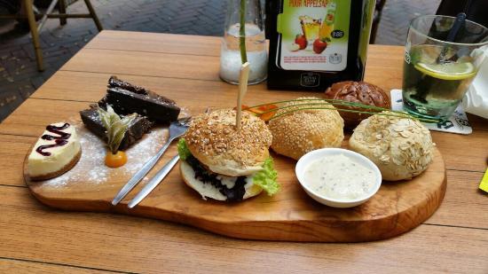Cafe Suus Kerkrade Restaurantbeoordelingen Tripadvisor