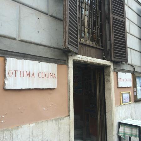 La Reatina: ingresso