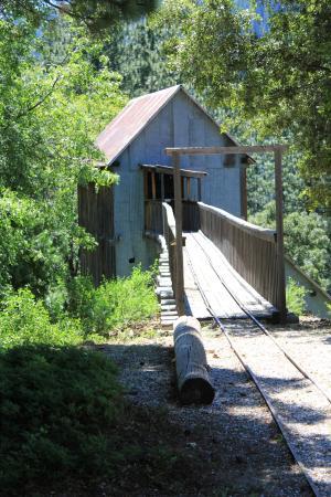 Kentucky Mine Museum: Where Mine Dump carts enter top of Mill