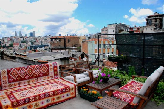 Nicoleport Hotel: Terrace