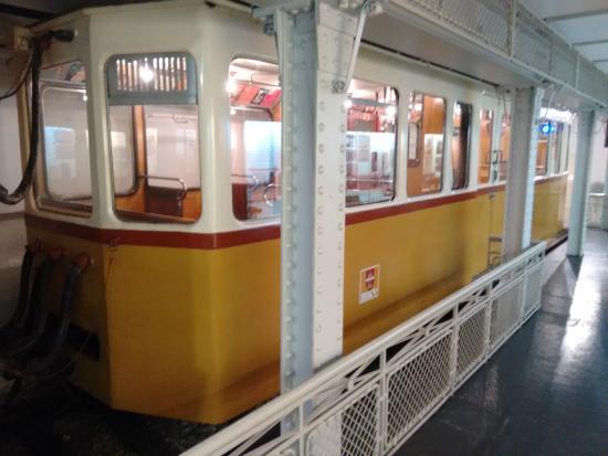 Original metro carriage picture of underground railway museum budapest tripadvisor - Carrage metro ...