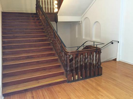 Grey Nuns Residence: Beautiful stairways all around the building.