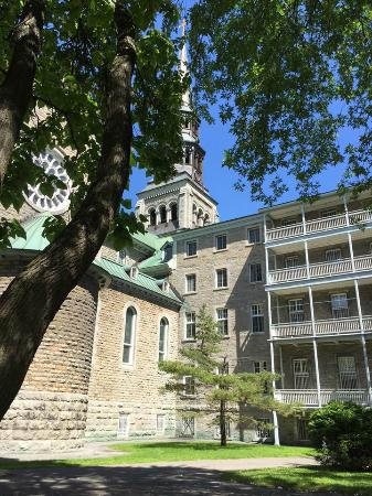 Grey Nuns Residence: Grey Nuns from the outside!