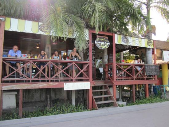 Por Qué No?: View of restaurant