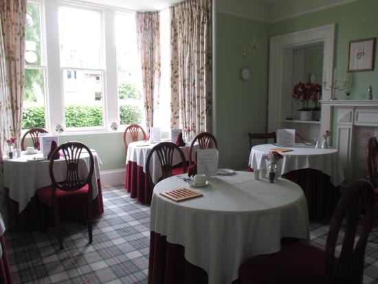 Ballifeary Guest House: Breakfast room