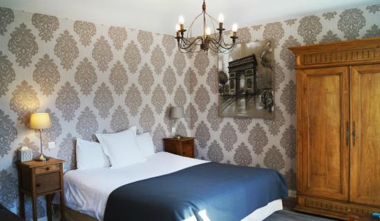 Hotel Du Saumon : Chambre Supérieure
