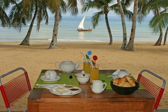 Breakfast at Eden Lodge