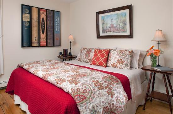 Landmark Inn: The Cooper Room