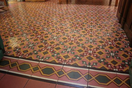 La Jicara: gorgeous old tile floors