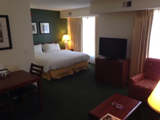 Residence Inn Oklahoma City South/Crossroads Mall : King room