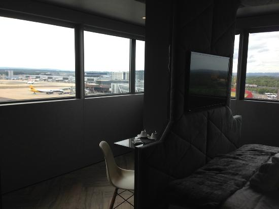 Best Hotel For Gatwick South Terminal