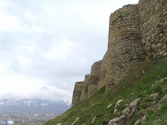 20.Van Castle - Picture of Van Castle (Van Kalesi), Van ...