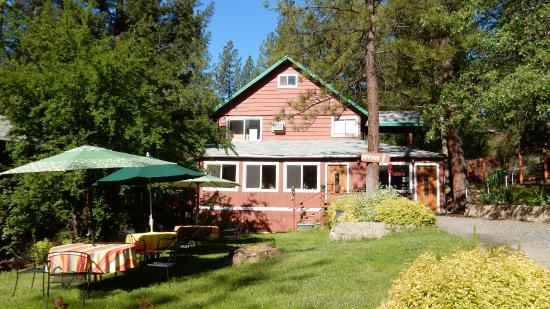 Yosemite Riverside Inn : Офис и место для завтрака