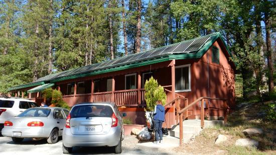 Yosemite Riverside Inn : Один из корпусов