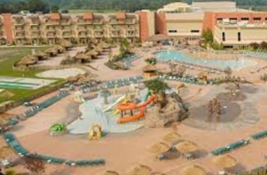 Kalahari Resorts & Conventions: The outdoor water park.