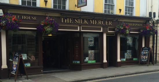 The Silk Mercer