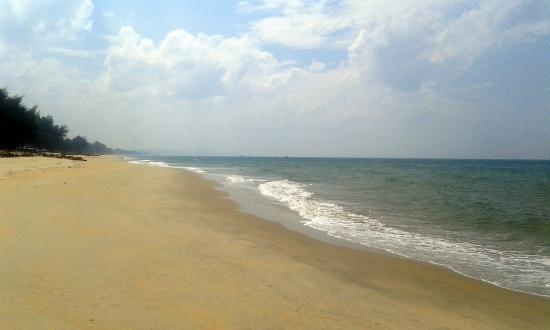 Penunjuk Beach