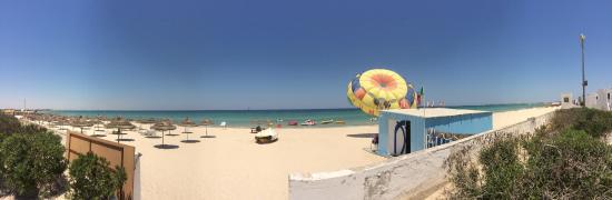 Amir Palace Hotel: Beach