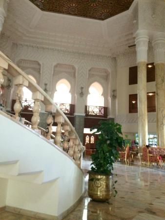 Amir Palace: Reception
