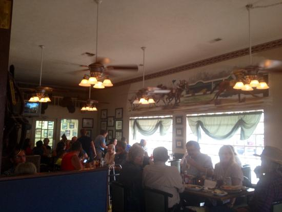 Uncle Buck's Family Restaurant Foto