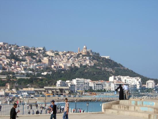 Algiers, Aljazair: LA BAIE