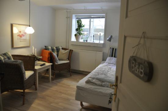 Alberts Bed and Breakfast: Bedroom