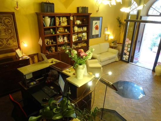 Hotel Palazzo del Capitano Wellness & Relais - Historic Luxury Capitano Collection: Recepcion