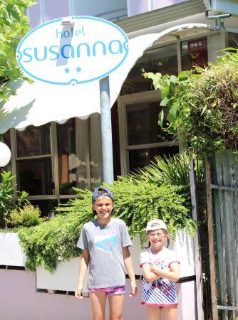 Hotel Susanna : ..........