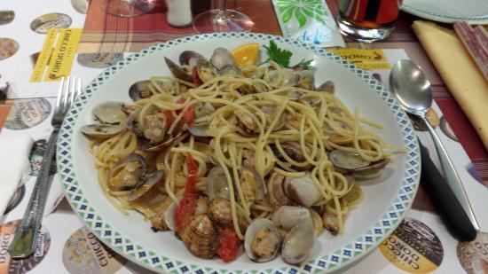 La Lampara : Spaghetti con vongole