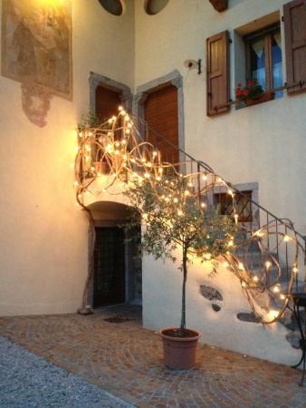 Hotel Locanda Borgo Antico : Outside the Hotel