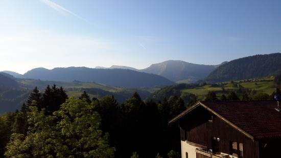 Mondi-Holiday Alpenblickhotel Oberstaufen: This was our view!  Gorgeous!