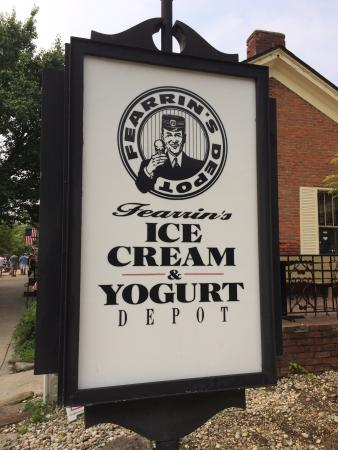 Fearrin's Ice Cream & Yogurt Depot