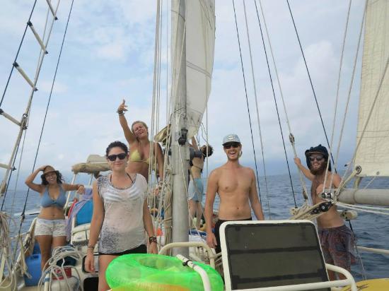 Sailing One World: Happy!