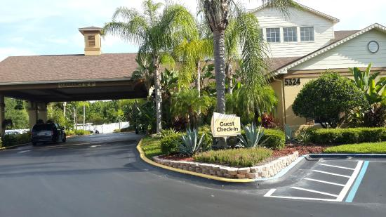 Best Seafood Restaurants Near Orlando Airport