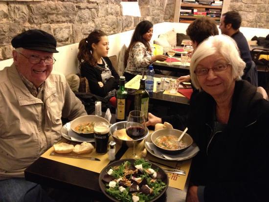 Aperitivo Et Al Bar : soup and salad