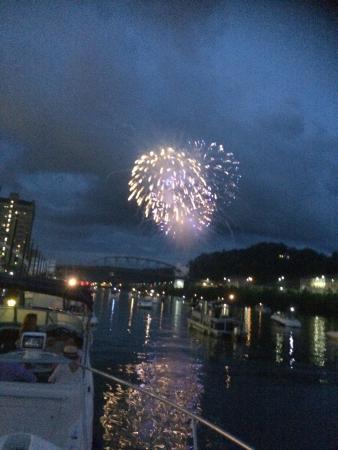 Haddad Riverfront Park: July 3, 2015 fireworks