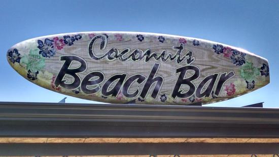 Coconuts Caribbean Beach Bar & Grill: Sign