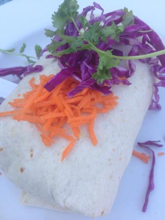 Mendocino Cafe : Clam chowder, Thai burrito, and swordfish