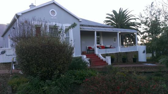 Impangele B and B & Self Catering Cottage: Общий вид гостевого дома 3