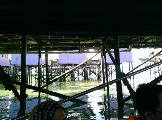 Arung Hayat Sea Adventures: the dirty water evacuation straight into the sea