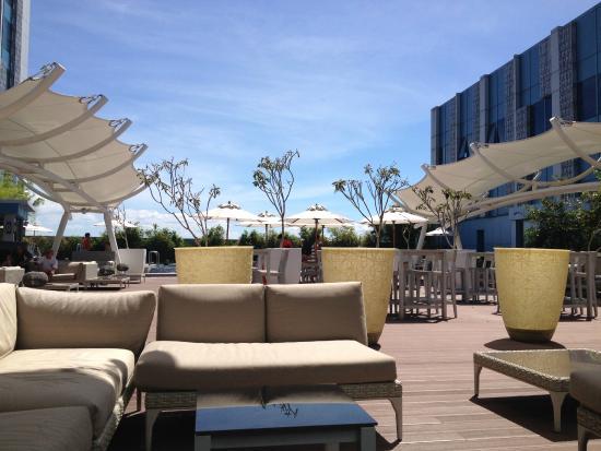 Pool Area Picture Of Crimson Hotel Filinvest City Manila Muntinlupa Tripadvisor