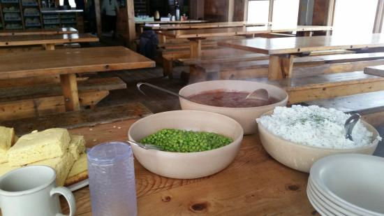 Lakes of the Clouds Hut: Dinner