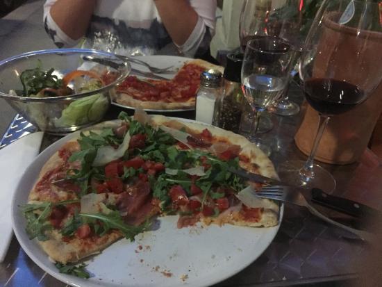 Pizzeria Verdi: Tolle Pizzas Pasta und Salate