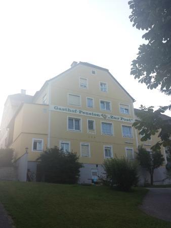 Gasthof Zur Post: Hotel z tyłu