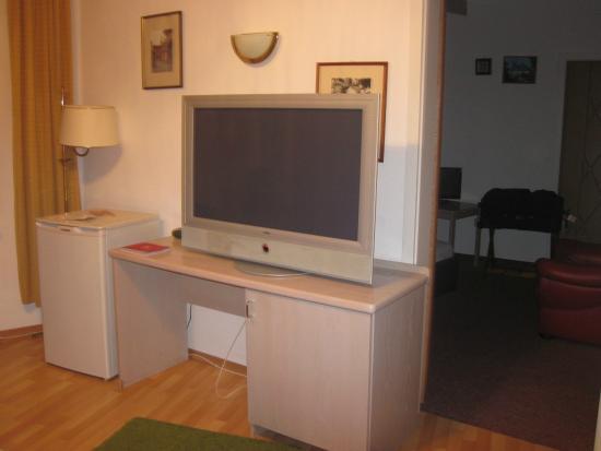 Hotel Am Friedrichsbad mit Prager Stuben: TV in main area